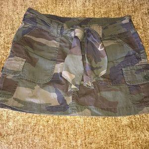 Hot!!! Camo mini skirt